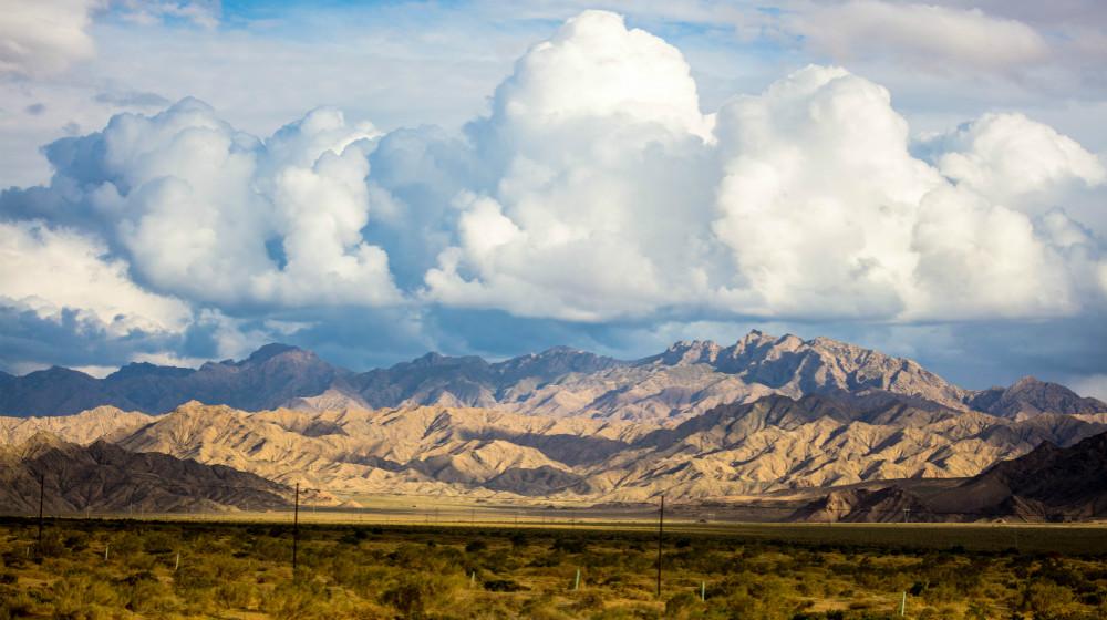 青海西部的海西蒙古族藏族自治州距离星空特别近的地方