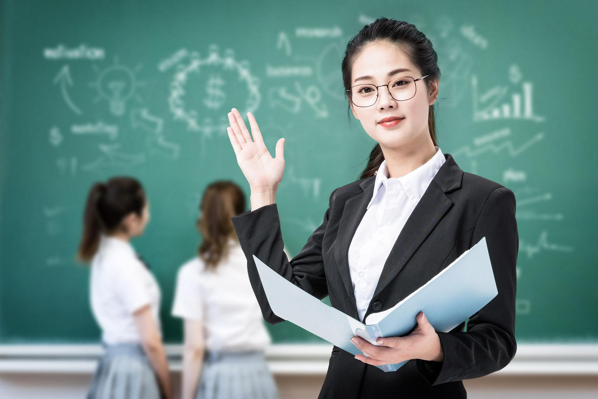教师_青岛多措并举加强教师资格面试组织管理_青岛频道_凤凰网