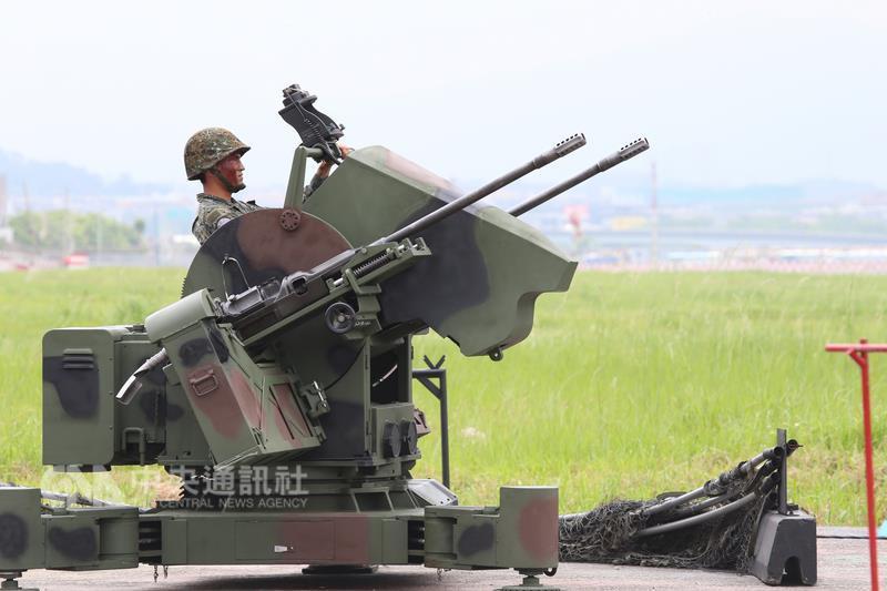 汉光演习第三天:解放军占领台北后被喊话投降