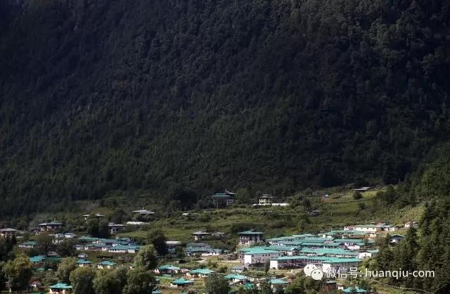 中国记者访不丹重镇:印军集结边境 强力控制不丹