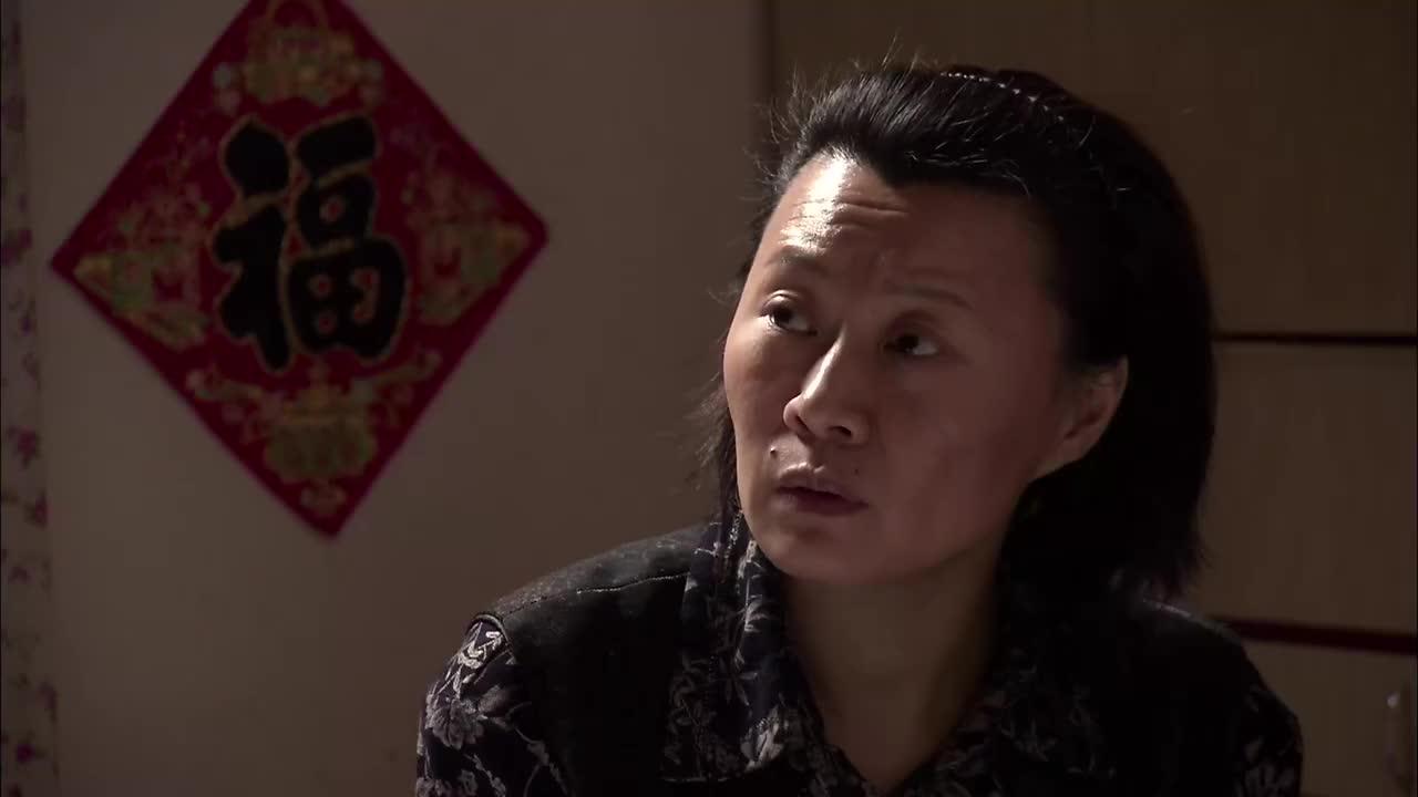 《鄉村愛情5》謝廣坤嘴硬要收拾媳婦,回到家媳婦讓干啥干啥圖片