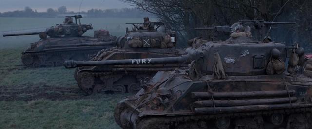 《狂怒》中谢尔曼与虎式的对抗颇为精彩 电影《狂怒》中付出了巨大