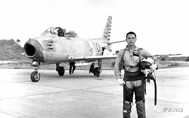 担心没裤穿:54年前台军飞行员徐廷泽飞回福建