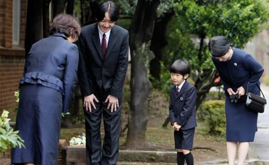 河南人为什么素质差_为什么日本人素质高而中国人素质差呢?-