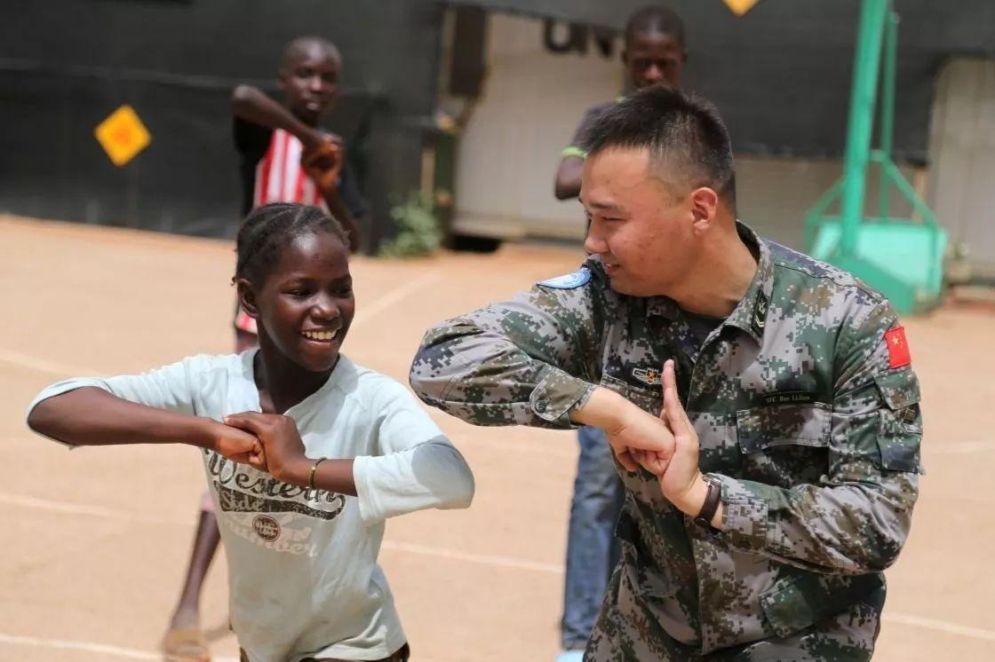 8000名官兵待命维和 中国参与全球治理更进一步