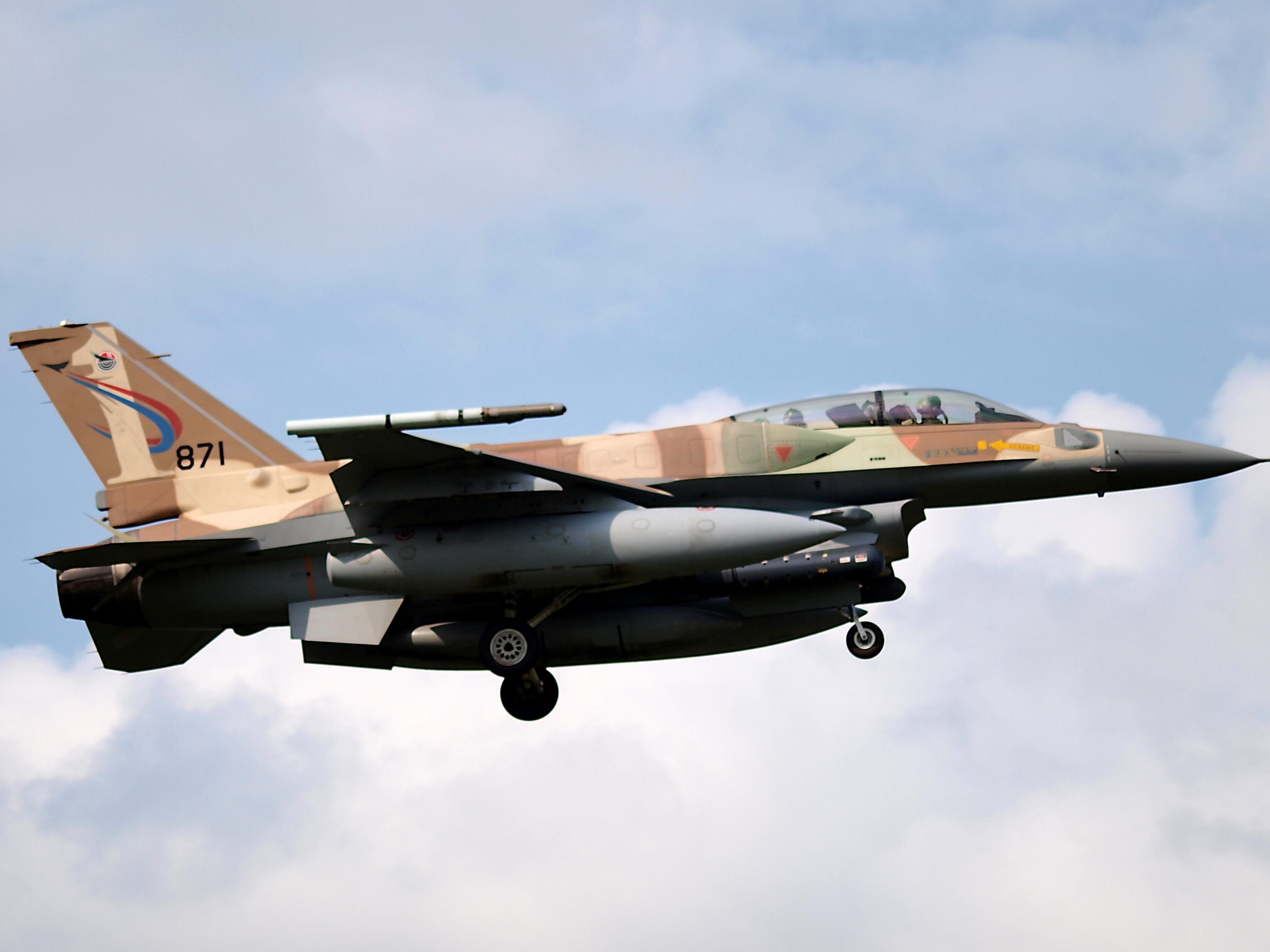 播改f�j~��i�_f-16i:以色列空军的\