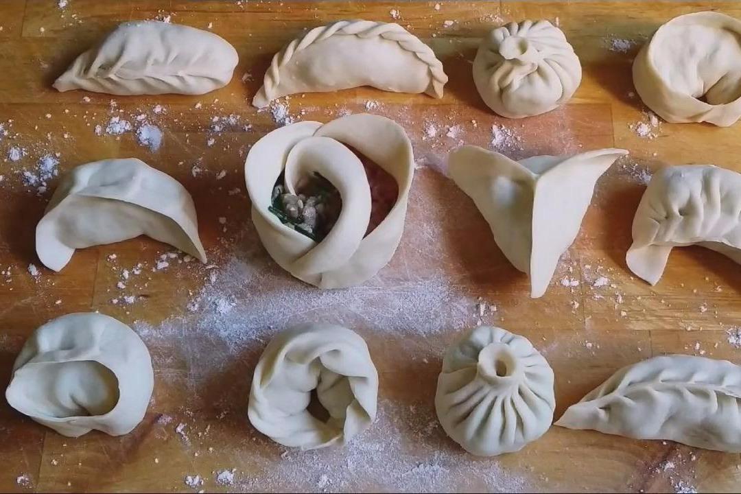 饺子的包法_大开眼界!12种花式饺子包法,等不及除夕了,赶紧学起来-凤凰 ...
