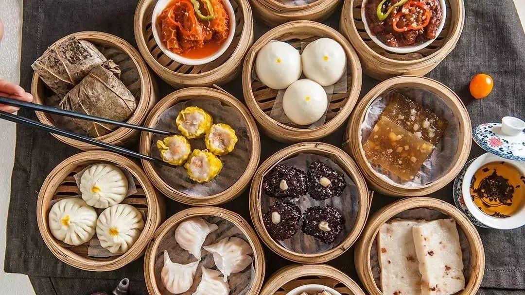 体育资讯_广州米其林仅一星遭美食大咖质疑 本地人私藏美食地图在此 | 赏 ...
