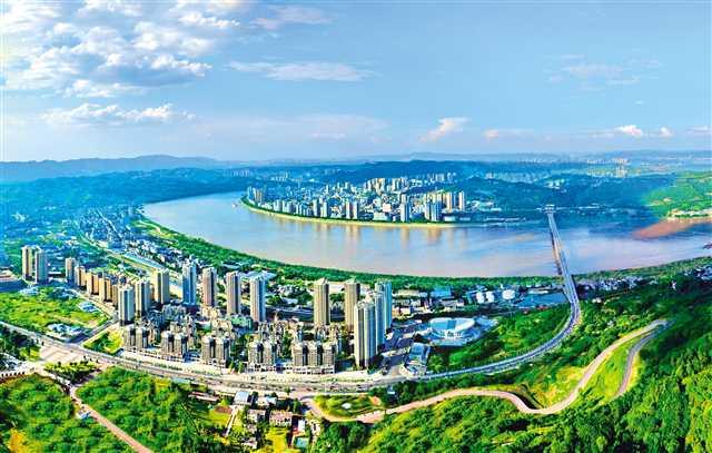 蜿蜒長江穿城而過,江津城區風景如畫
