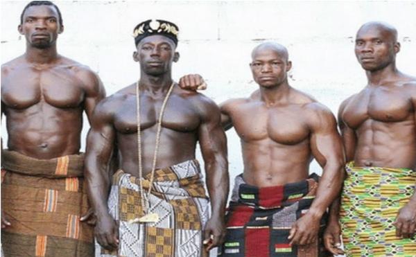 这些猛男们拥有着漂亮的肌肉线条