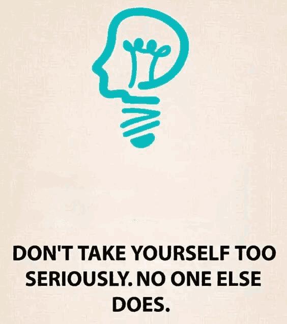 別高估你自己,也別小瞧自己,別人怎么看你不重要圖片