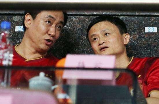 中国首富换人:短短半年赚500亿,曾被嘲笑人傻钱多