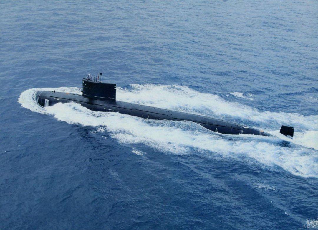 中国新下水的军舰_两天下水两艘核潜艇!如何面对质量双优的美国海军? - 海军 ...