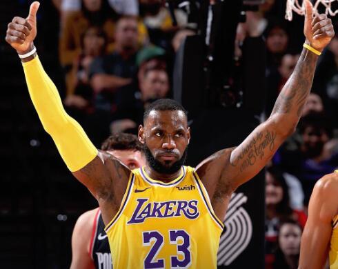 nba最新战报_NBA制作战报图集恭喜湖人、火箭等八队取胜_凤凰体育